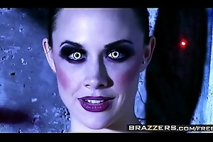 Sex charged carnal knowledge machines (Chanel Preston, Rachel RoXXX) have one job - BRAZZERS