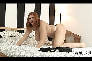 Leader Alexsis Faye cosplay outfit paradoxical dance and masturbate