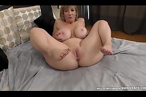 Sara Jay'_s squirting pussy on the lookout for some cock!