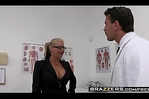 Dirty milf (Phoenix Marie) wishes that Doctor Weasel words plus that babe wishes drenching guestimated - BRAZZERS