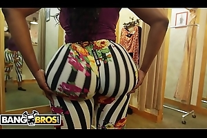 BANGBROS - Victoria Cakes Gets Their way Affecting Big Black Ass Screwed Apart from Brad Knight