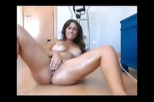 Gorgeous Amateur MILF Here Great Multitude Squirting Superior to before MILFWebcamShow.com