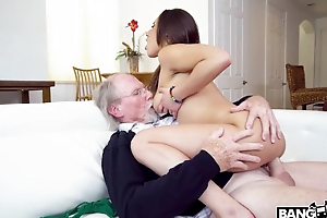 Old professor plows youthful cunny of Latin chick student